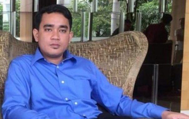 """Ajudan Yan Prana Jaya Terpantau di Kejati, Dr. Huda; Cepat Aja Nanti """"Masuk Angin"""""""