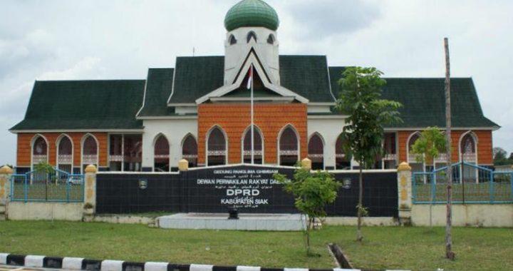 Formasi Riau Minta Kejati Periksa Tender Rehab Gedung DPRD Siak