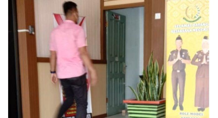 Terkait Bansos Siak Kejati Riau Periksa 3 Orang Dekat Gubernur Riau, Syamsuar